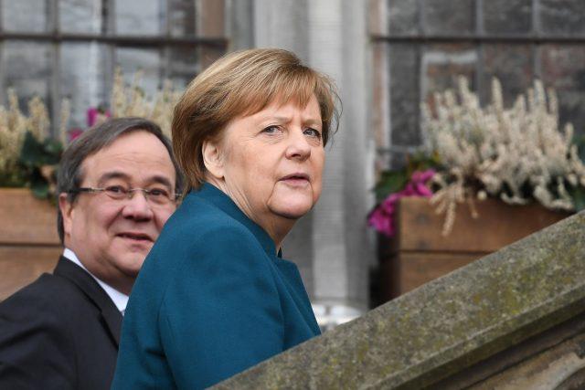 V roce 2019 Armin Laschet jako tehdejší premiér Severního Porýní-Vestfálska v Aachen s kancléřkou Angelou Merkelovou