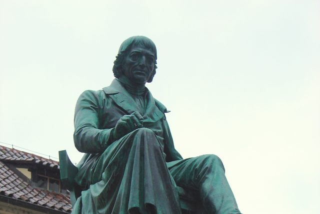 Socha Josefa Jungmanna | foto: Wikimedia Commons,  CC0 1.0
