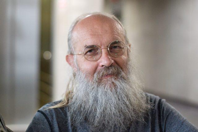 Karel Oliva