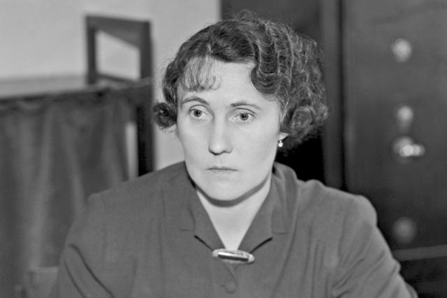 Anděla Kozáková-Jírová (1897–1986). Na snímku v roce 1938