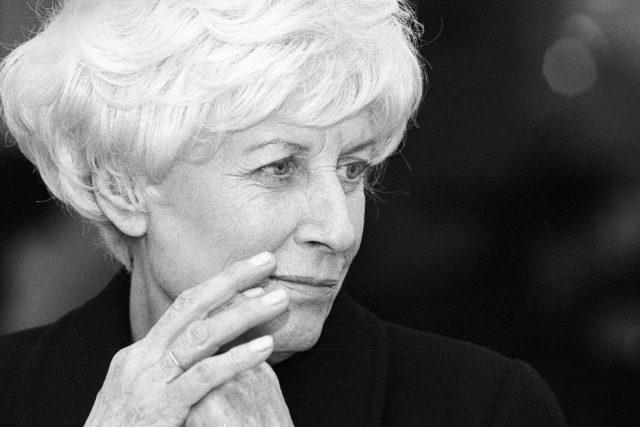Olga Havlová (cca 1995)