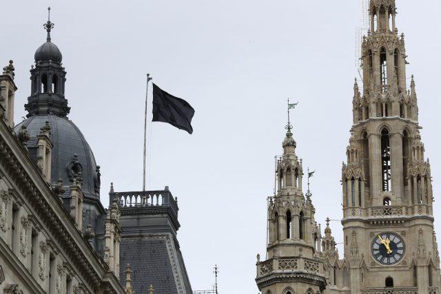 Uctění památky obětí teroristického útoku ve Vídni