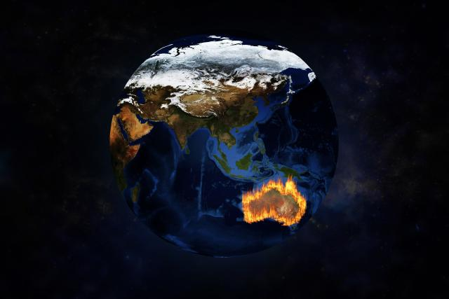 Austrálie hoří /View of Australia from space with terrible fire/