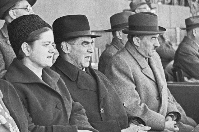 Josefa Slánská a Rudolf Slánský na Dni českoslovesné armády v Praze 28. února 1951