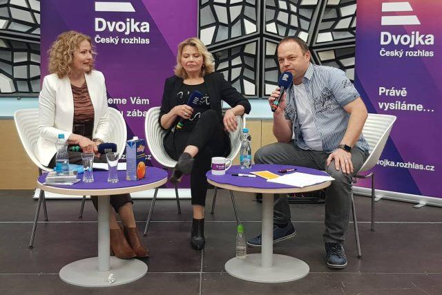 Duo Kamélie s Vláďou Slezákem při živém vysílání pořadu Moje hvězdy na Dni otevřených dveří 18. 5. 2019