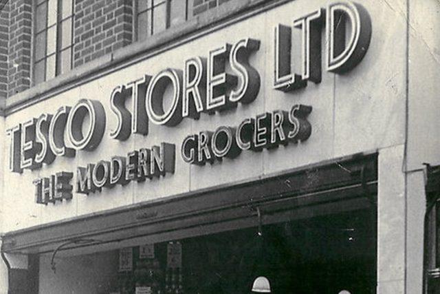 Obchod Tesco v Greenfordu v roce 1949