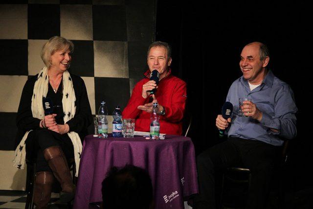 Zuzana Mixová,  Milan Hein a Miroslav Táborský v Divadle Unglet | foto: Marie Krbová