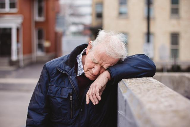 Starý smutný muž