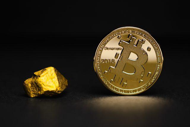 Zlato a bitcoin
