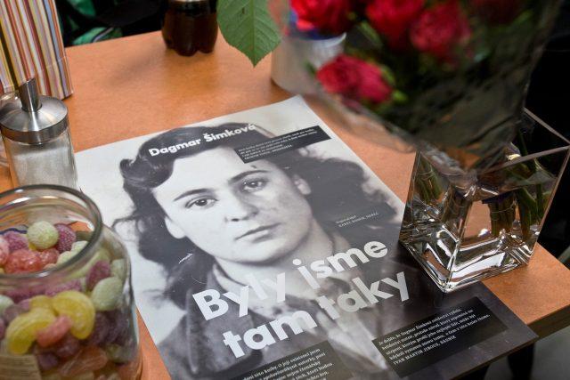 Dagmar Šimková: Byly jsme tam taky (z křtu knihy v říjnu 2010)