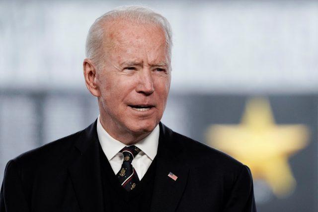 Americký prezident Joe Biden při proslovu ke Dni obětí války.