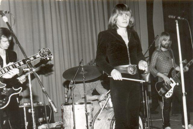 Život legendárního zpěváka Jiřího Schelingera skončil předčasně skokem do Dunaje v roce 1981