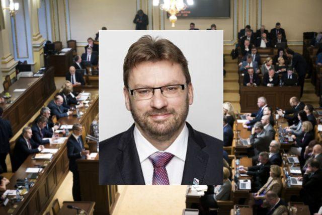 Poslanec SPD Lubomír Volný | foto: Michaela Danelová,  Český rozhlas/Poslanecká sněmovna,  iROZHLAS.cz